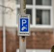 Alphenaren niet blij met verhoging parkeervergunning