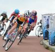 Roxanne Takken wint brons op NK Wegwielrennen