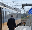 Spoorwegovergang Leidse Schouw weer begaanbaar