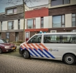 Politie bewaakt woning waar dode man is gevonden