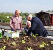 Tuinieren bij tuinvereniging Spoorzicht is voor iedereen