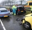 Leidse Schouw afgesloten door botsing tussen voertuigen