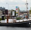 Altijd al willen varen op een klassieke sleepboot?