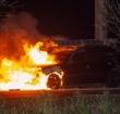 Inhaalactie Volvo veroorzaakt aanrijding en autobrand