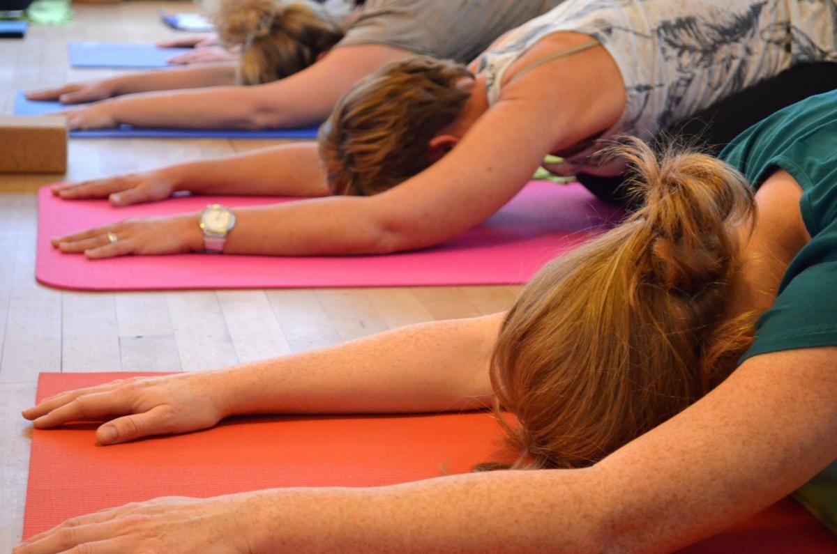 Deze vrijdag open deur yogales bij Yogatreasure