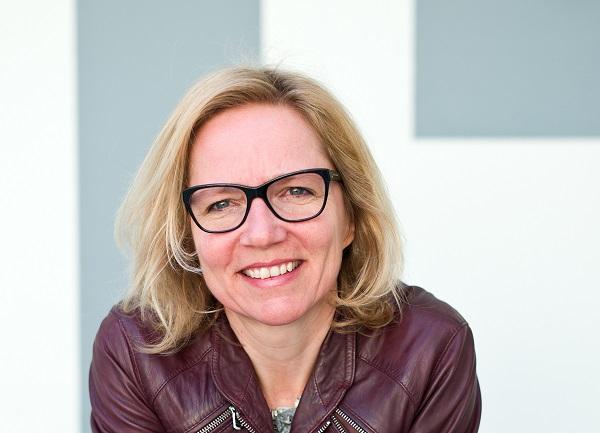 Elles in 't Veld voorgedragen als nieuwe voorzitter VOA