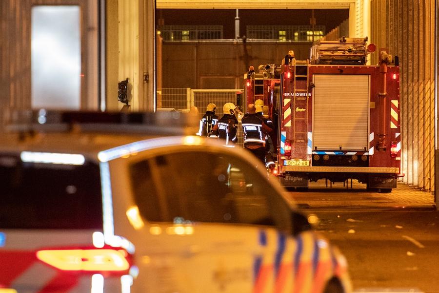 Hulpdiensten rukken uit voor brand in de PI