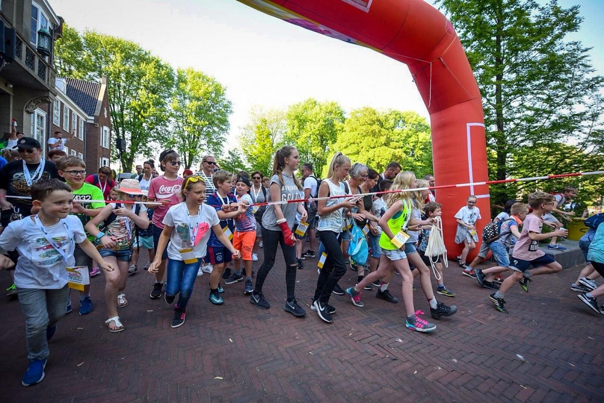 Zon 2000 deelnemers aan start van Avondvierdaagse