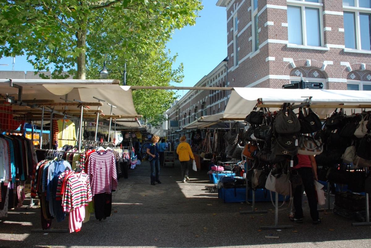 Indeling van markt op het Thorbeckeplein bekend