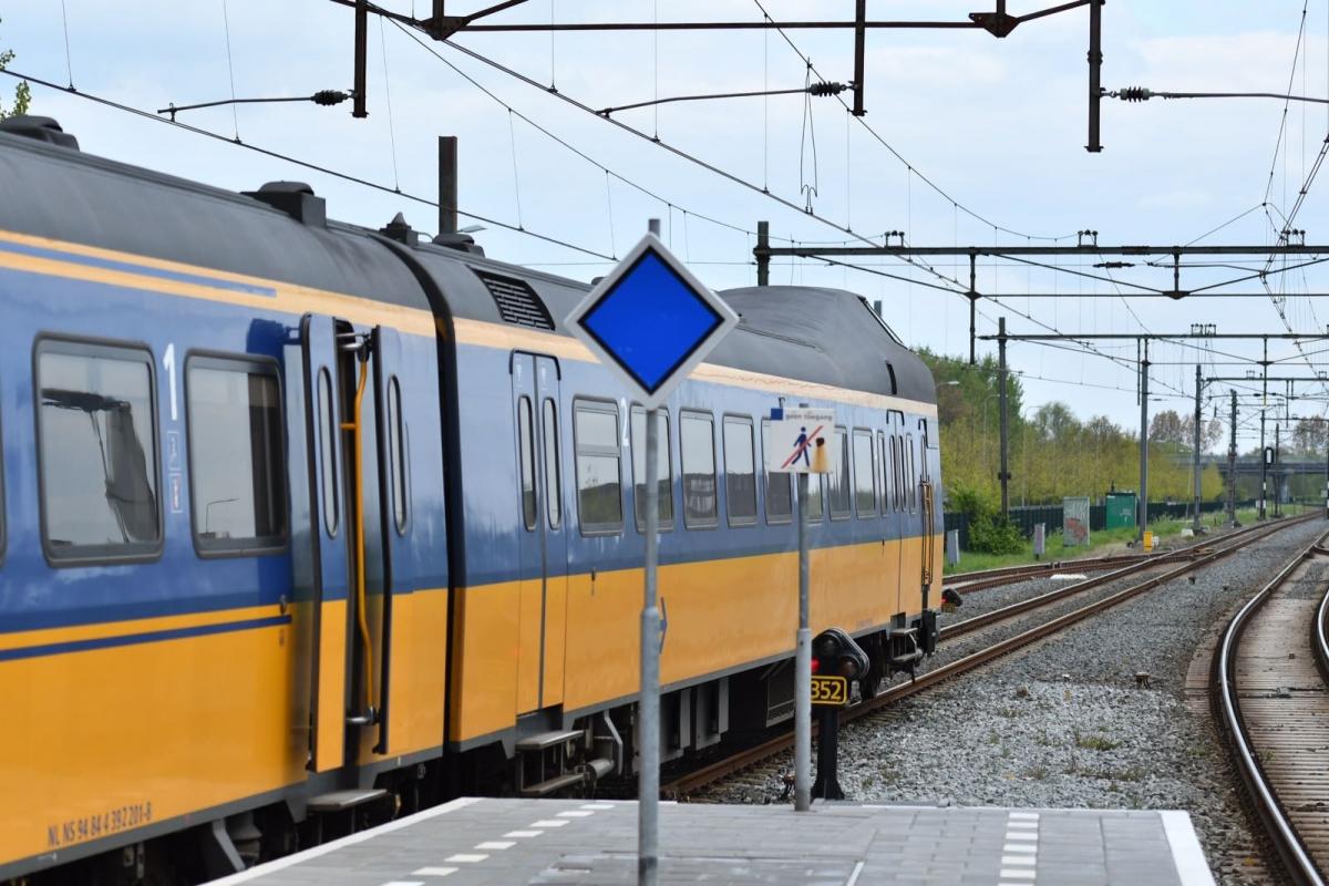 Vanaf zaterdag geen treinen tussen Alphen en Leiden