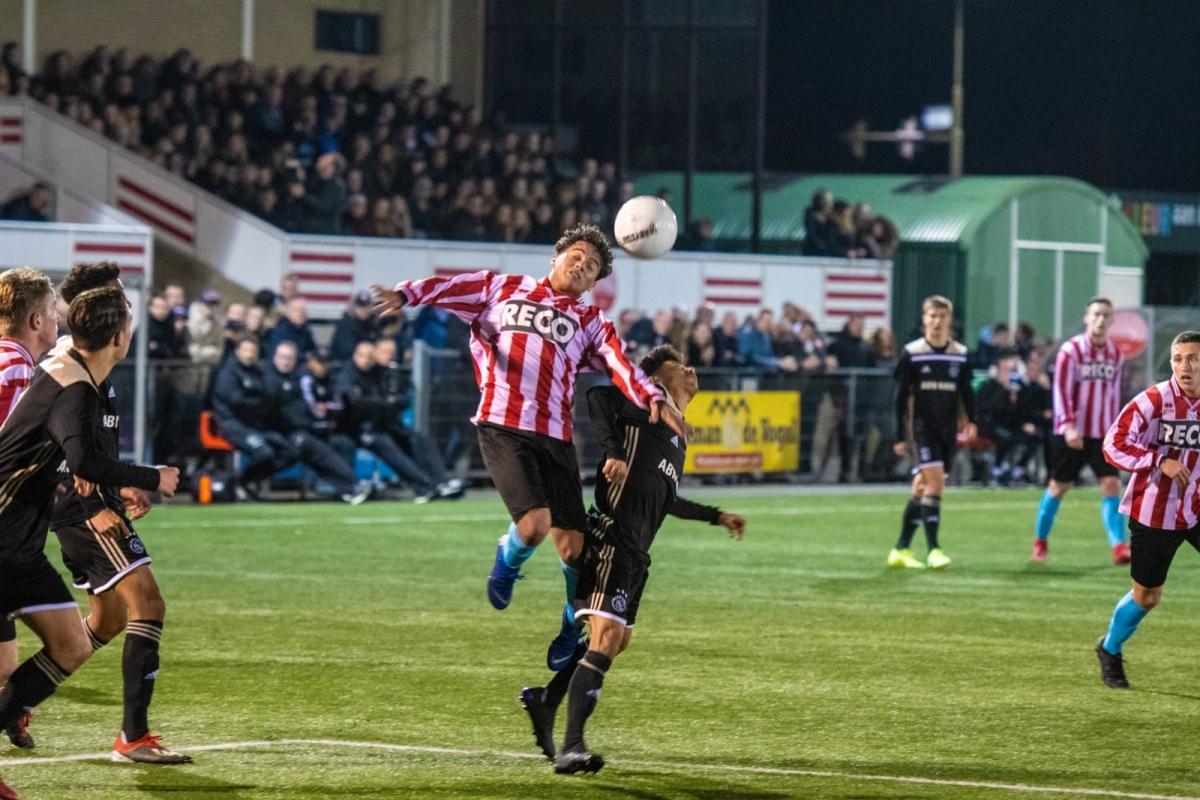 Alphense Boys verliest van Ajax in de blessuretijd