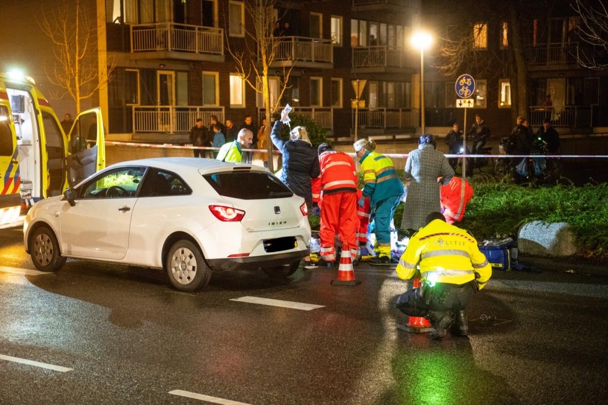 Voetganger overleden na aanrijding Willem de Zwijgerlaan