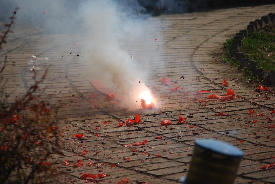 Prullenbakken opblazen wordt voortaan zwaar bestraft