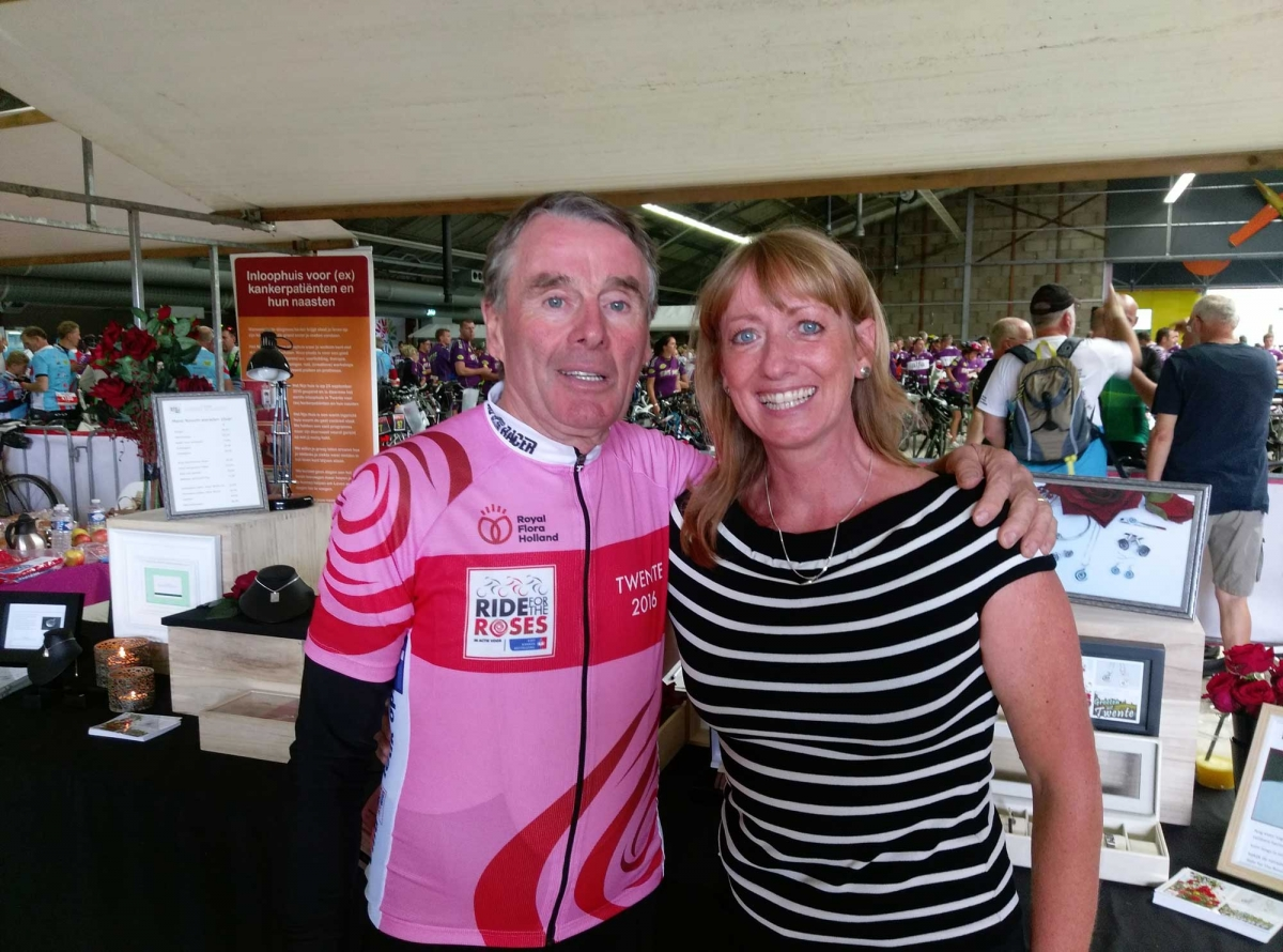 Steun deelnemers fietstocht Ride for the Roses