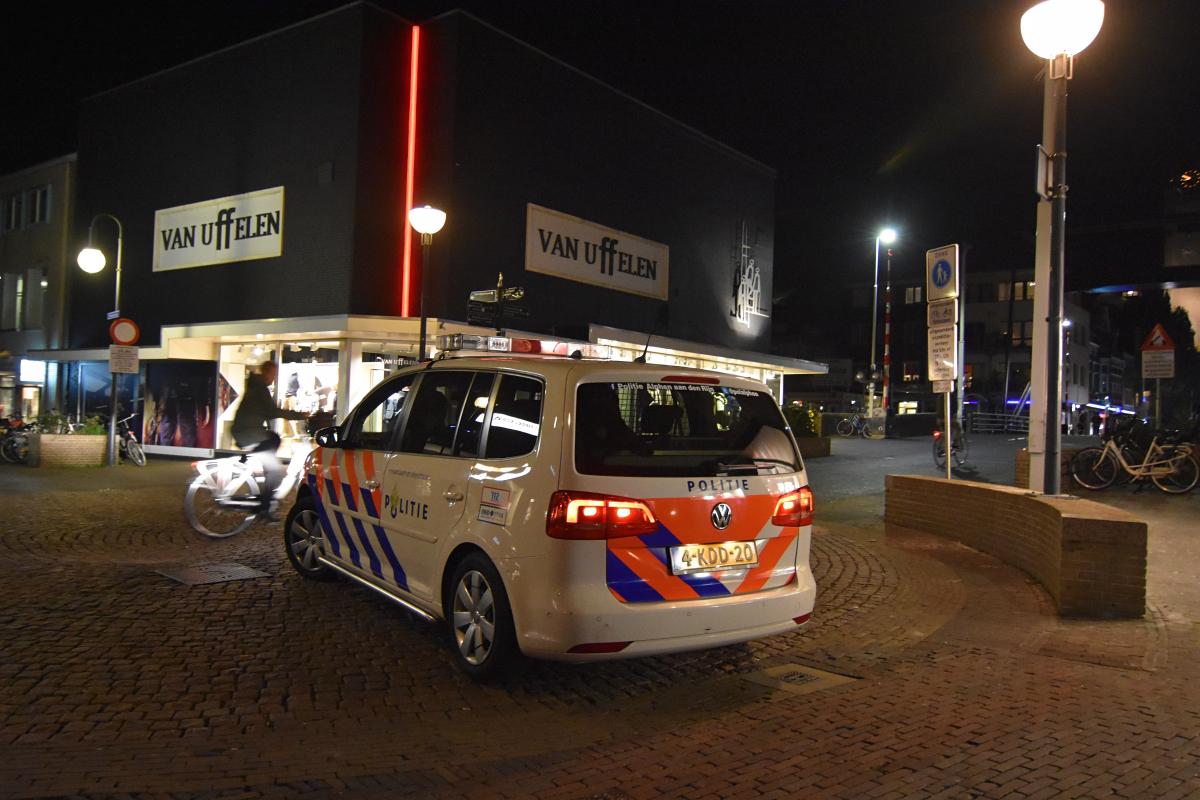Getuigen gezocht van straatroof Van Boetzelaerstraat