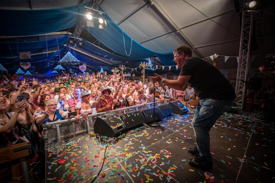 Ruim tweeduizend bezoekers bij Alphens Oktoberfeest