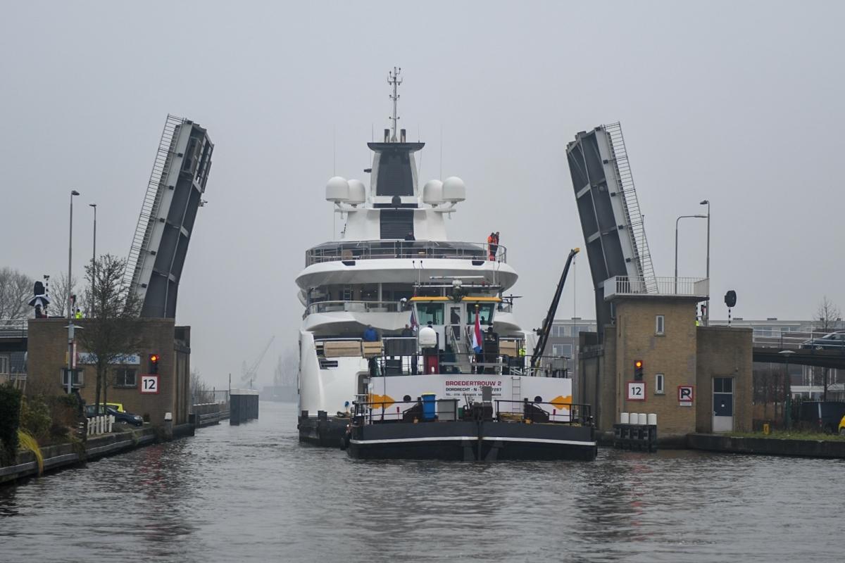 Lady S houdt zaterdag de Alphense bruggen open