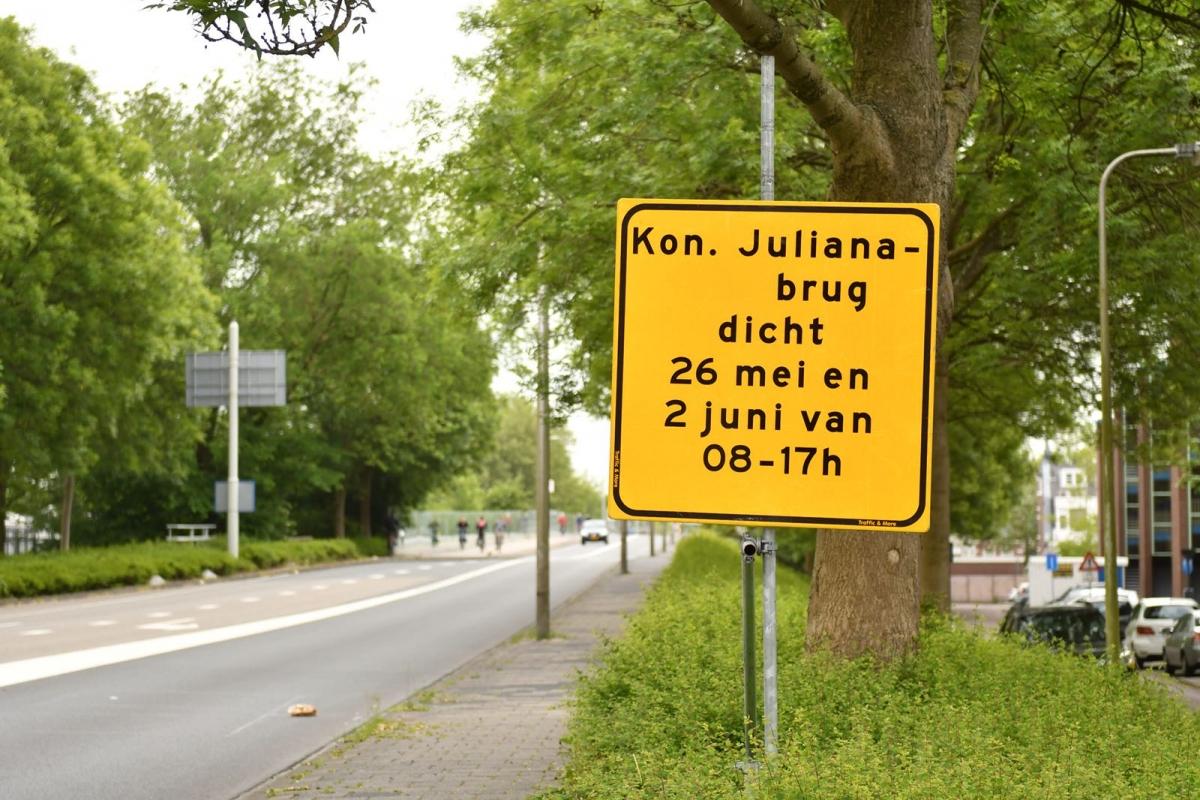 Julianabrug 26 mei één dag dicht voor alle verkeer