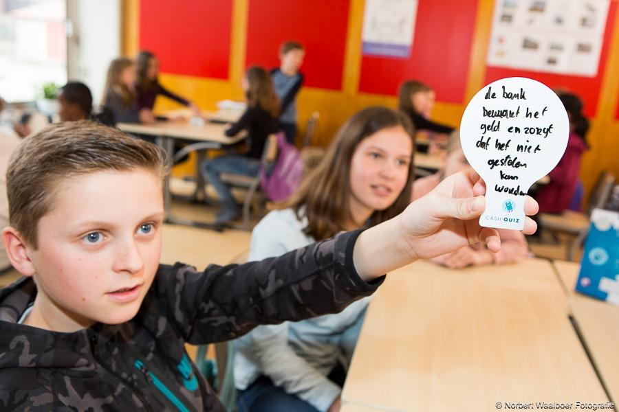 Rabobank staat voor de klas in Alphen aan den Rijn
