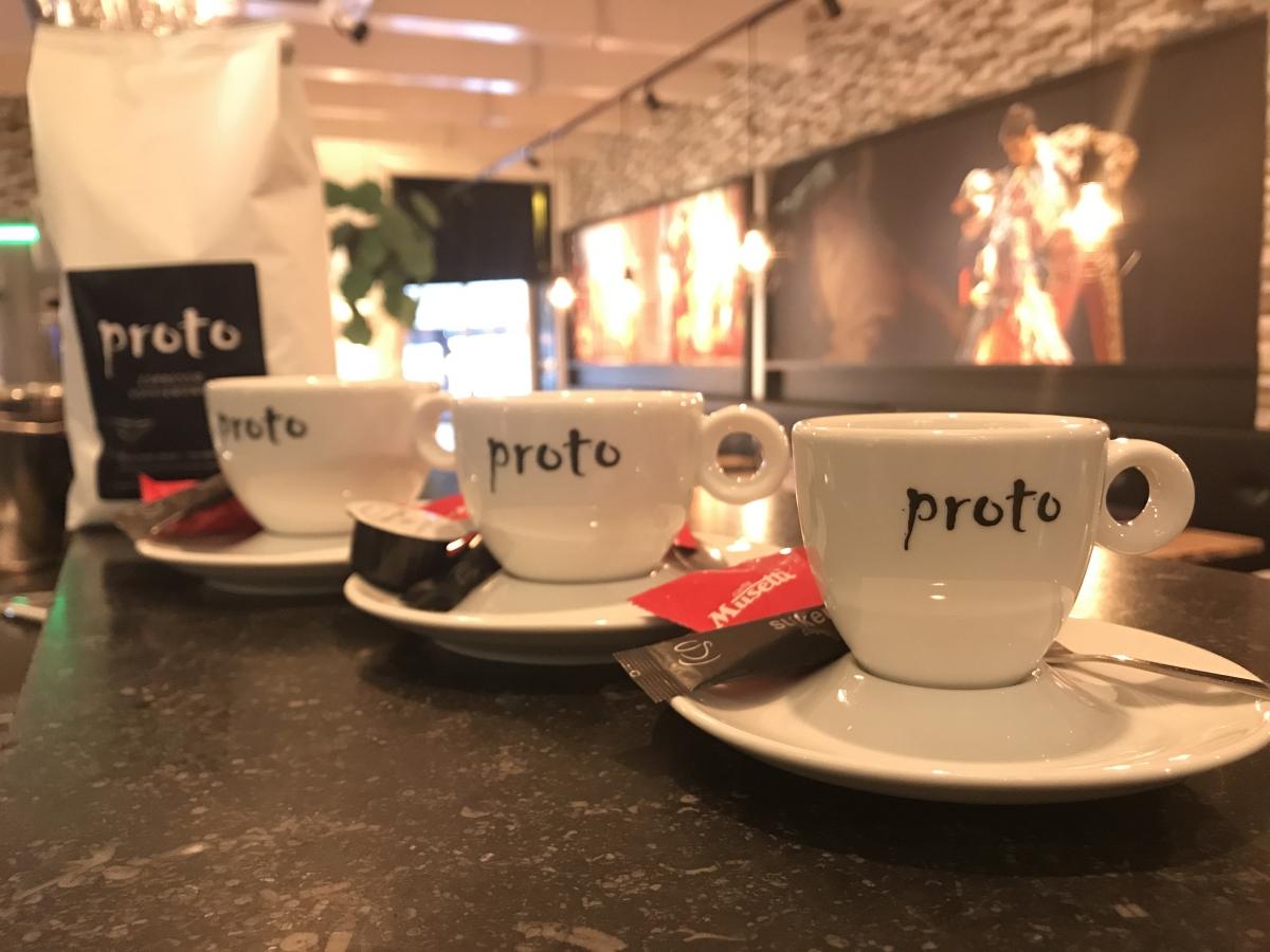 Proto presenteert eigen espresso koffiebonen