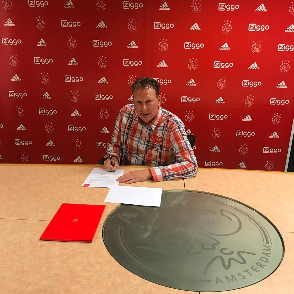 Dennis van den IJssel nieuwe assistent John Heitinga