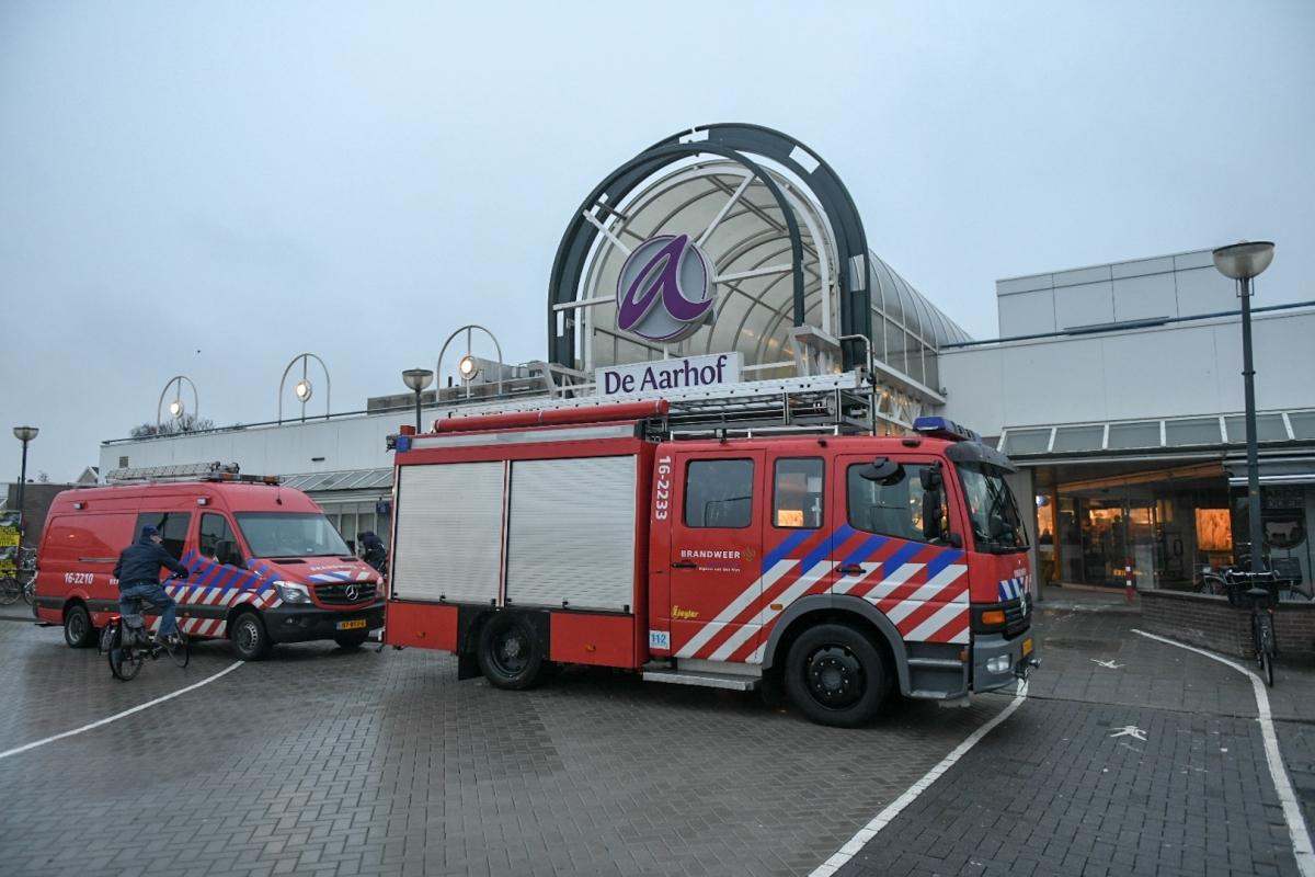 Supermarkt AH in winkelcentrum Aarhof ontruimd